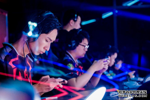 斗鱼《KPL最前线》 助阵王者荣耀春季总决赛
